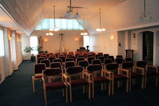 Voor in de kapel